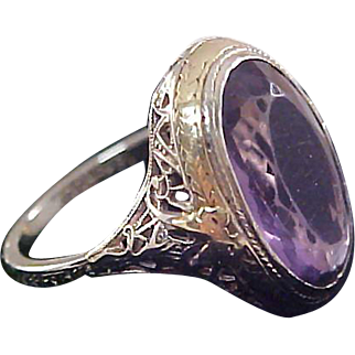 Impeccable  1940 WORLD WAR II 18 K White & Yellow Gold Filigree Basket  Pristine Genuine AMETHYST Ring~RARE~Size 9