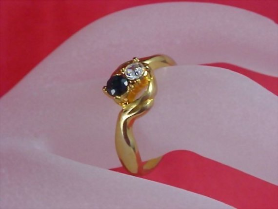 FREE SHIP ~  Costume Diamante and Sapphire Rhinestone Fashion Ring