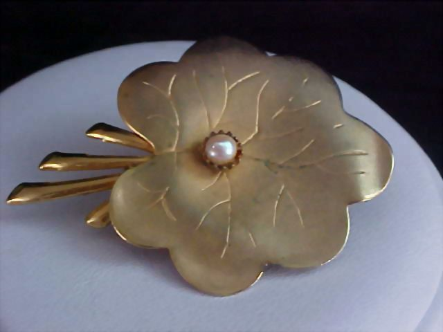 Charming Brass & Gold Plate Leaf with Simulated Pearl Brooch