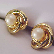 Cultured Pearl ~ Gold Plate Love Knot Earrings