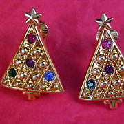 Sparkling Rhinestone CHRISTMAS TREE Clip Earrings - Gold Plate