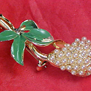 ART DECO Tiny Simulated Seed Pearls Gold Plate & Enamel Brooch