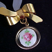 1930's GUILLOCHE Gold Plate Bow Dangle Brooch/Watch Pin
