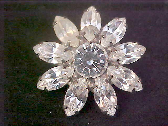 Exquisite ART DECO SUNFLOWER ~Marquis &  Round Cut Diamante Brooch