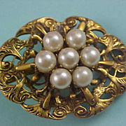Victorian Style Antiqued Gold Plate Simulated Pearl Pendant/Brooch