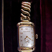 VINTAGE~ 14K Gold BULOVA 1945-1946 ~ Ladies  Bratton Expandable Band