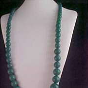 Free Ship~DESIGNER C.R. Hettel - Kelly Green Graduated Beads Massive Very Long Sautoir Necklace