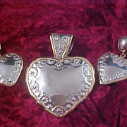 FREE Ship ~ Exquisite  Gold & Silver Plate HEART Demi Parure - Pendant & Post Earrings