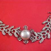 Massive Simulated PEARL Cabochon & Diamante Silver Tone Link Bracelet