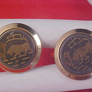 Spain BULL Gold Plate & Gilt Gold Accent Charcoal Background Cuff Links