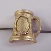 BEER STEIN Gold Plate Men's Tie Tac - Circa 1950