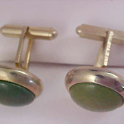 Kelly Green Cabochon Gold Plate Plate 1950's Bullet Back Cuff Links