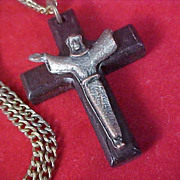 Beautiful Wooden  Old CRUCIFIX  & Chain