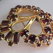D & E Juliana~Ruby Red Baguette~Chatons~Round Cut Rhinestone Gold Plate Brooch
