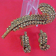 WEISS ~ Gold Aurum Rhinestones ~ Ornate Brooch & Clip Earrings