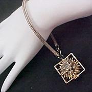 HOBE ~Two Sided Diamante Swivel Flowers Silver Plate Bracelet w/Snake Chain