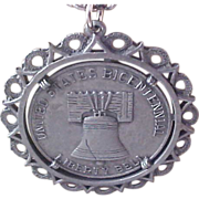 Remember AMERICA~Bicentennial~LIBERTY Bell - 1776 - 1967 ~ Spirit of '76 Pewter Medallion & Chain Necklace