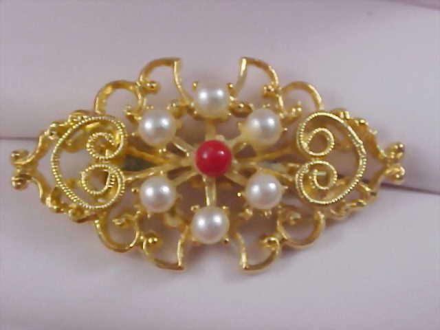 Gilt Gold Open Scroll Design & Carnelian Cabochon~Simulated Pearl Brooch