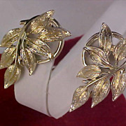 Fabulous ART DECO -  CORO Light Gold Plate Clip Earrings
