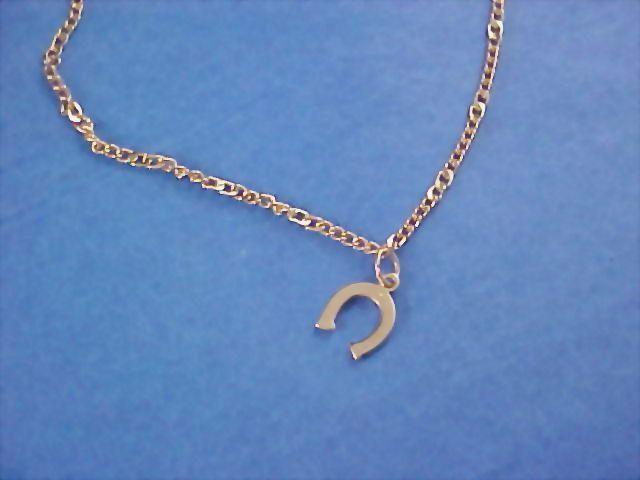 AVON - Gilt Gold HORSESHOE Charm Bracelet
