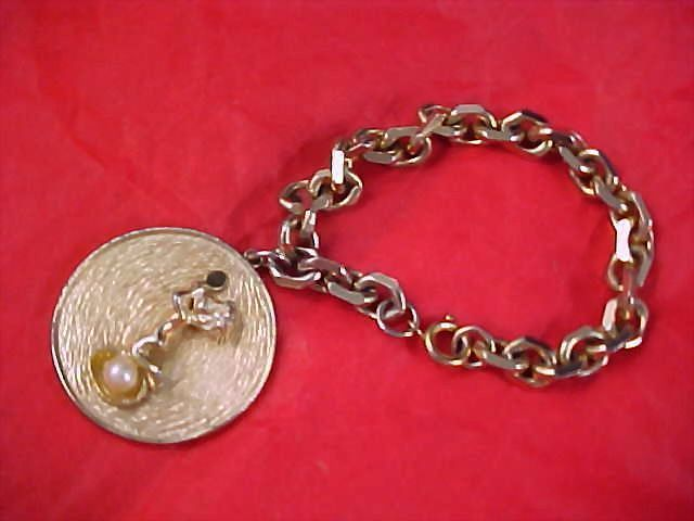 MID CENTURY Gold Plate CHARM  Bracelet -  Cupid & Simulated Pearl Charm