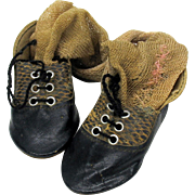 "Snazzy vintage ""Alligator trim"" doll shoes size 6"