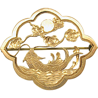Antique 14k Chinese figural brooch pin Fish in water with clouds