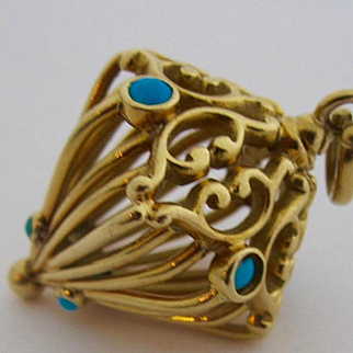 14k Solid Yellow Gold Persian Lantern Charm ~~Vintage from the 1940s