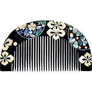 C.1920s Lacquered  Inlaid Kushi Hair Comb from Japan