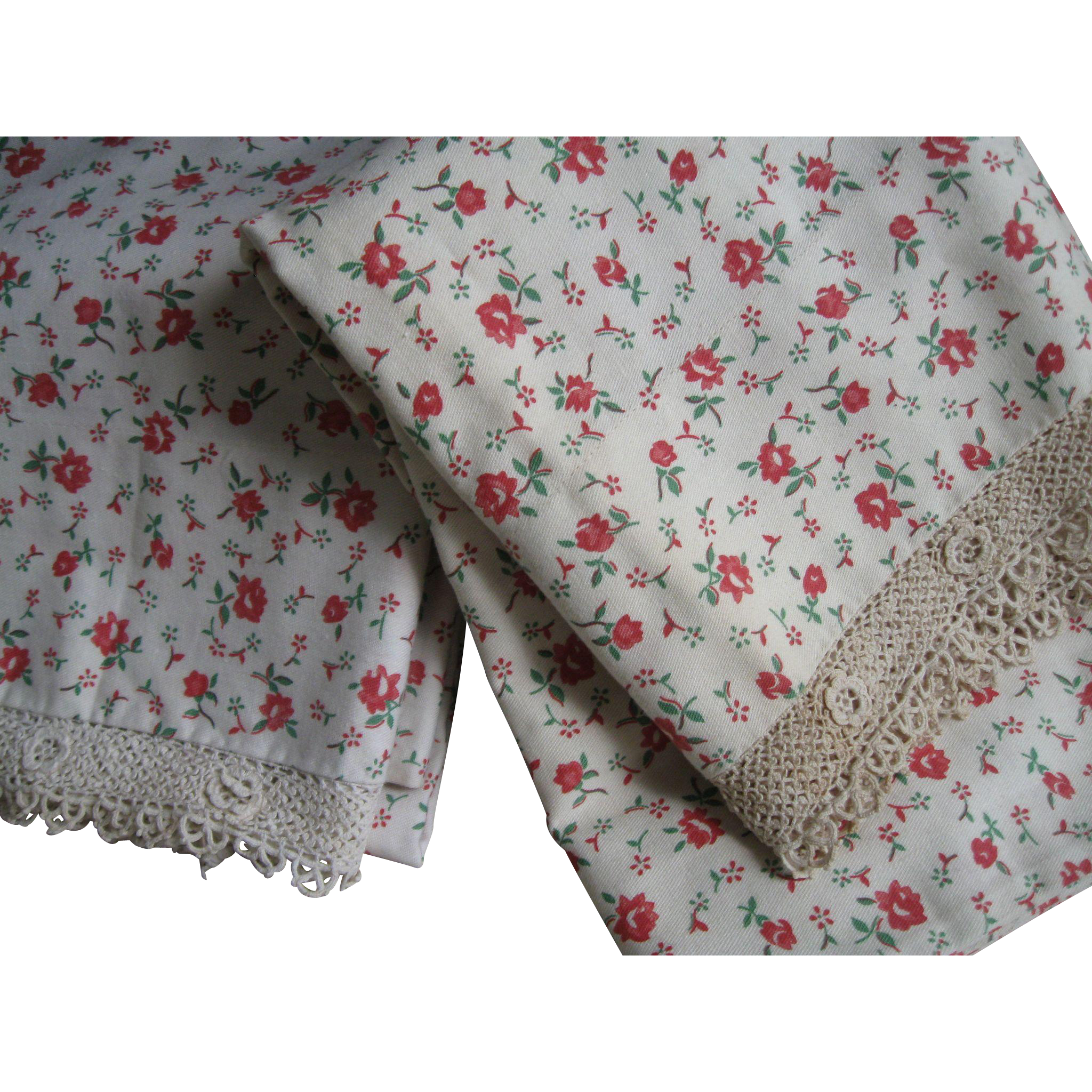 Vintage c 30's Floral Pillowcases, Irish Crochet Lace, Pair