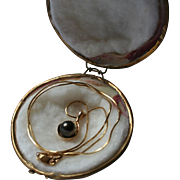 14K Gold Genuine Diamond & Black Cultured Pearl Pendant Necklace in Original Clamshell Box
