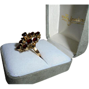 14K Gold & Stacked Garnets 3.50 TCW Cluster Cocktail Ring Size 5 1/2 Yellow Gold Deep Red Gems
