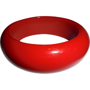 Vintage Cherry Red  Bakelite Bangle Bracelet