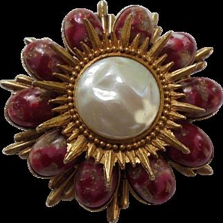 Rare DeLizza & Elster Juliana Easter Egg Cabochon Art Glass Bead Sunburst Brooch