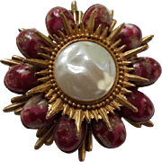 Rare DeLizza & Elster Juliana Easter Egg Cabochon Art Glass Bead Sunburst Brooch