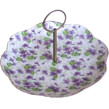 Violet Round Lefton Serving Plate with Center Handle
