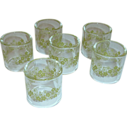 Pyrex Set of Napkin Rings Spring Blossom Green