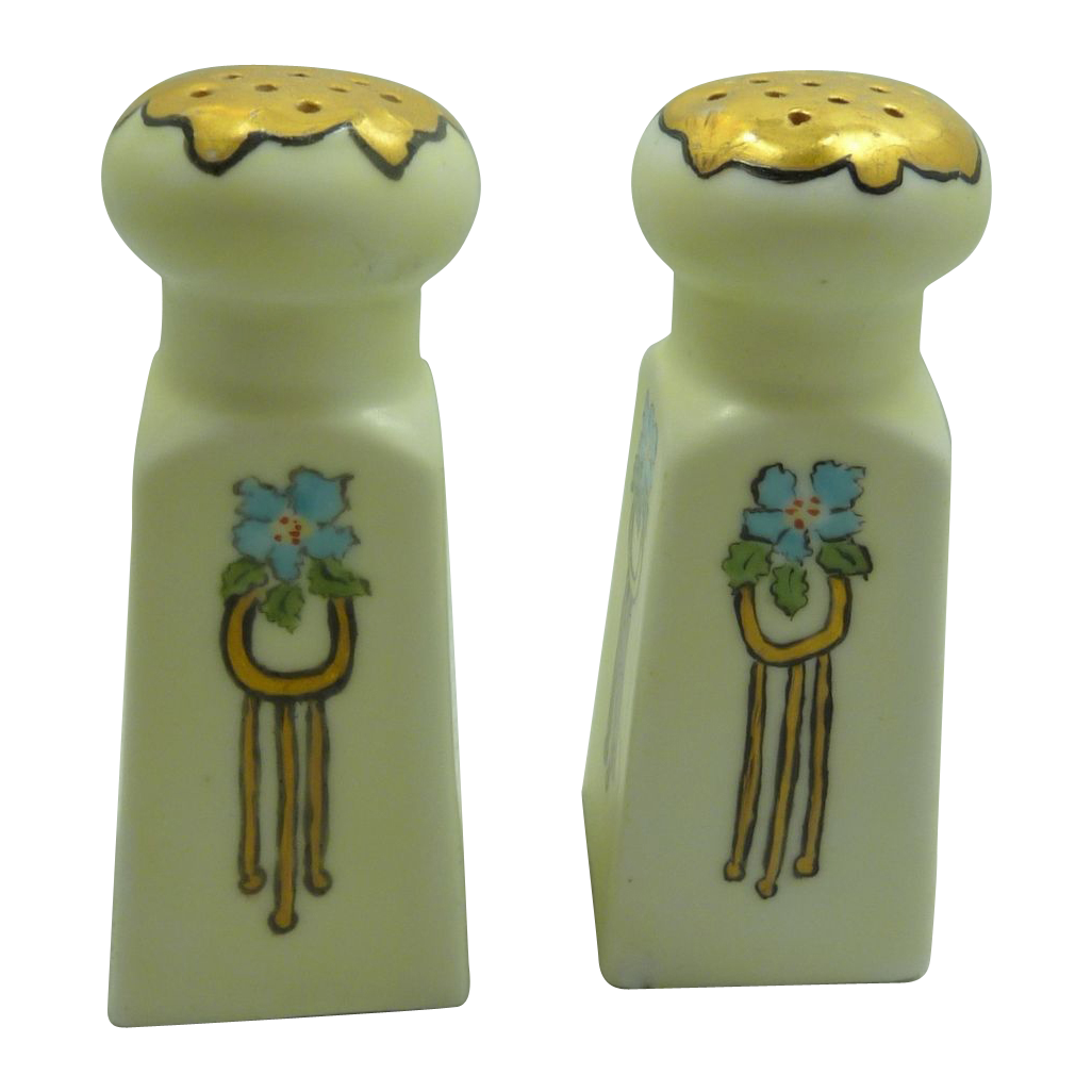 Vienna Austria China Salt & Pepper Shakers