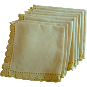 Set of 8 Buttercup Yellow Dinner / Luncheon Napkins