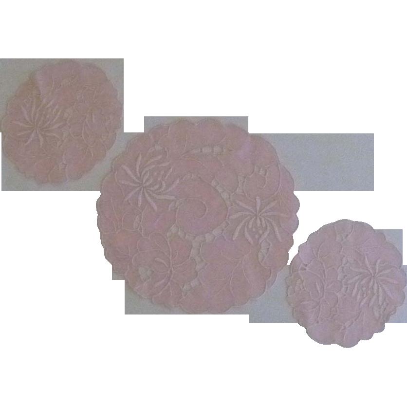 Three Cut Work Pink Flower Doily  Doilies Dresser Table Set