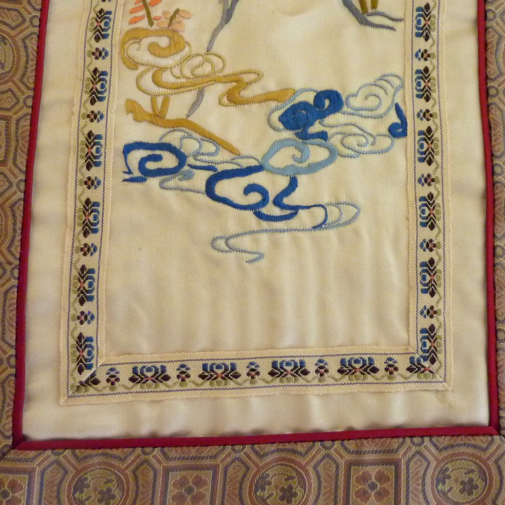 Beautiful rectangle chinese silk embroidered fabric panel