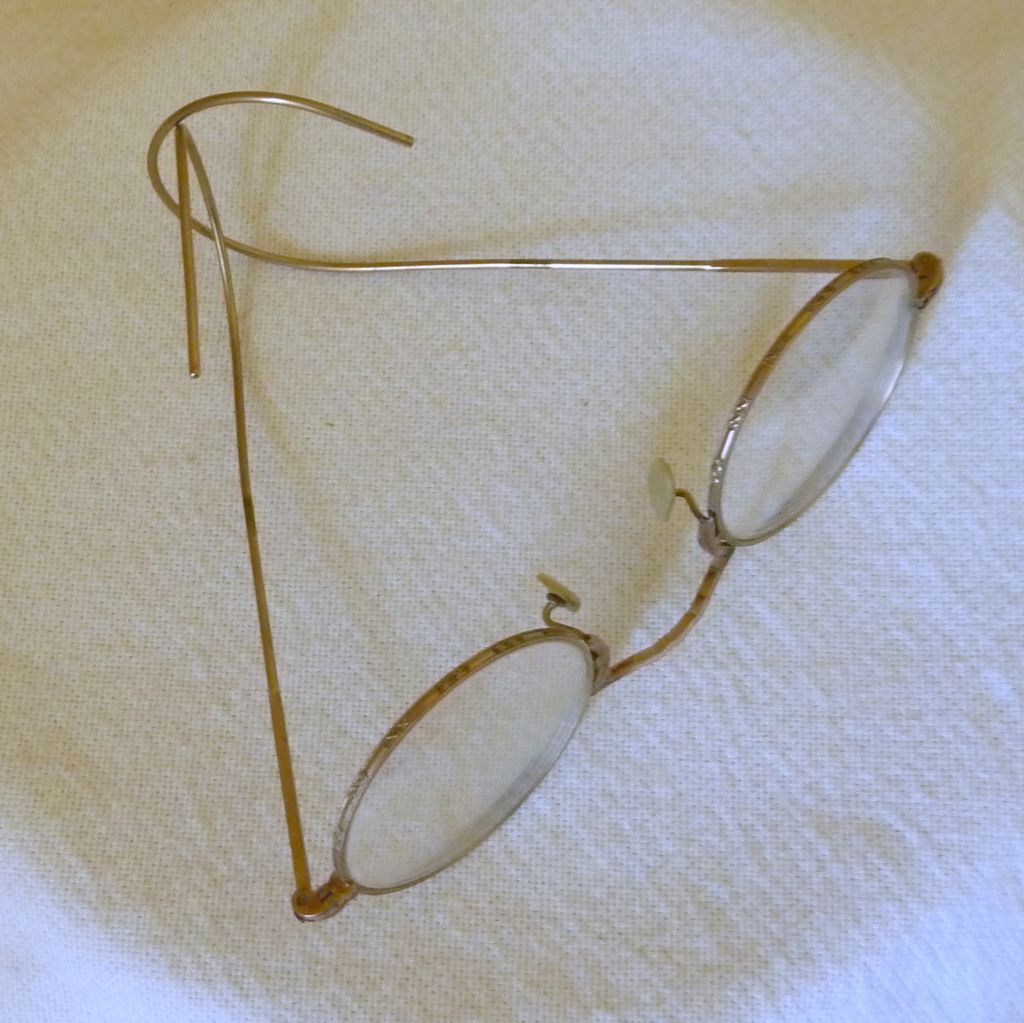 10k Gold Eyeglass Frames : 10K Gold Filled Round Wire Eyeglasses with Case from ...