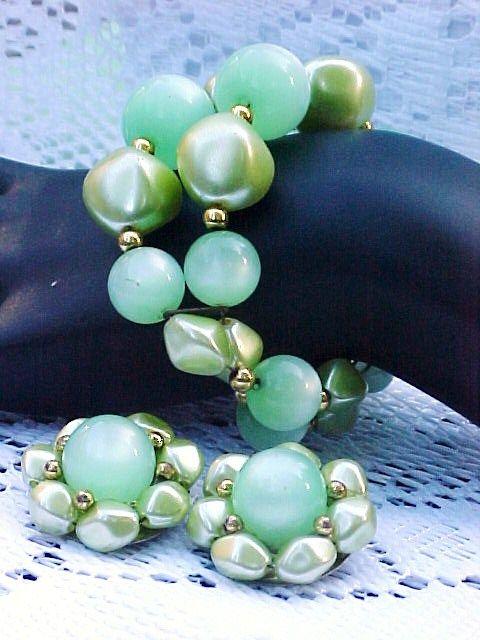 Moonglow Lucite Bracelet Earrings Set Green 1950s Vintage Jewelry