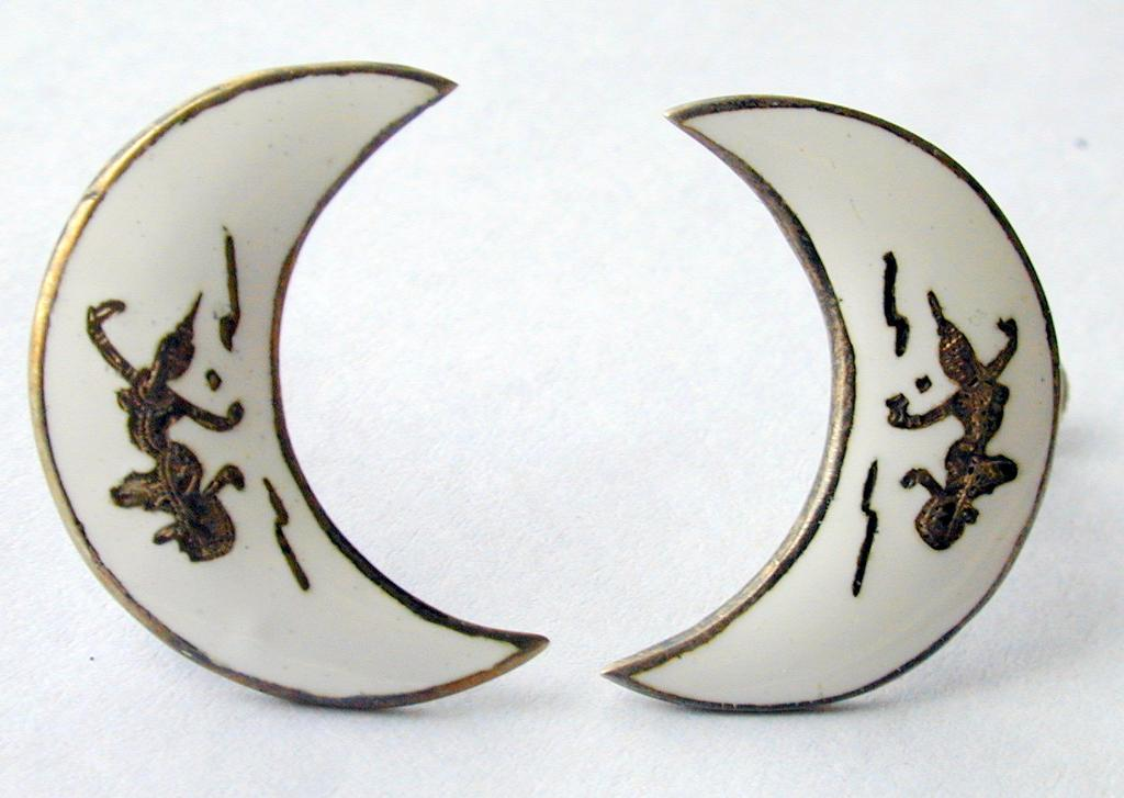 Sterling Silver Siam Earrings in White