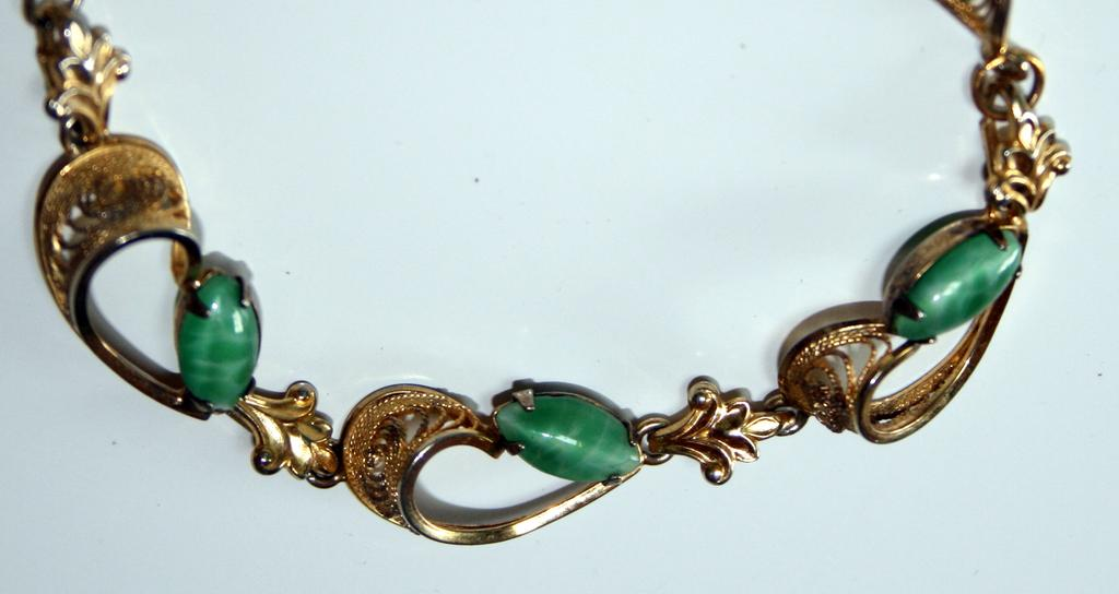 Delicate and Lovely Green Stone Bracelet