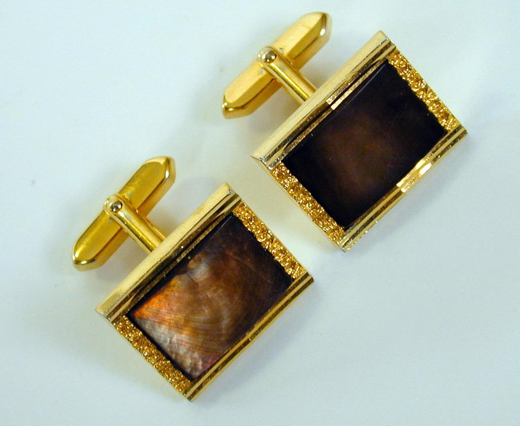 Vintage Gold Toned Cuff Links with Bronzy Abalone