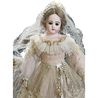 """18"""" (46 cm.) Antique French Fashion Early Poupee Doll by Jumeau with dramatic large eyes, in beautiful wedding gown, c.1880"""