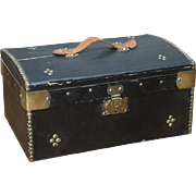 "13"" (33 cm) l. Rare Antique Original French 19th Century Wooden Trunk with store label inside for Fashion doll or small bebe, c.1870"
