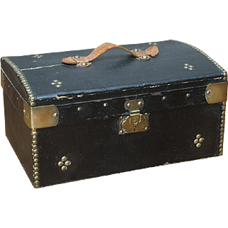 """13"""" (33 cm) l. Rare Antique Original French 19th Century Wooden Trunk with store label inside for Fashion doll or small bebe, c.1870"""