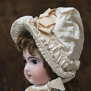 Wonderful Antique  Original Silk Satin Bonnet Hat for french Jumeau Bru Steiner Eden bebe EJ doll